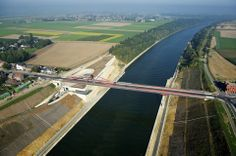 Vroenhoven Bridge by Ney & Partners (Belgium)