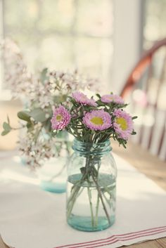 love the mason jars as vases