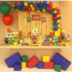 fiesta infantil de lego para niños lego children's party for children Lego Movie Party, Lego Themed Party, Ninjago Party, Lego City Birthday, Lego Birthday Banner, Lego Balloons, Deco Lego, Lego Party Decorations, Lego Baby
