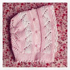 conjunto bebe primera puesta tejido patucos peucos capota suéter a mano perle