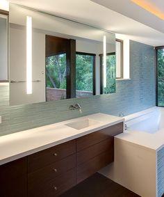 Modern Bathroom Spa Design, Pictures, Remodel, Decor and Ideas - page 7 Modern Bathroom Mirrors, Bathroom Mirror Lights, Bathroom Spa, Master Bathroom, Bathroom Ideas, Bath Ideas, Bathroom Lighting, Lighted Mirror, Window Mirror