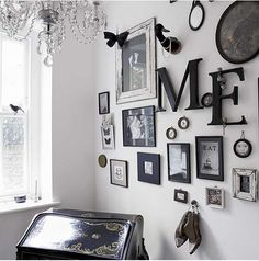 Frames on walls mix macth B&W objects