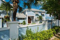 Villa vacation rental in Nassau 8/8.5 on beach pool