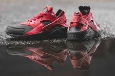 Nike Air Huarache: Premium Black / Gym Red