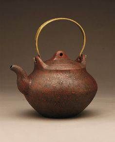 pete pinnell   There are few things as satisfying as using a piece of functional art. This is why teapots are the best.