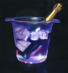 Seaux champagne sur pinterest seaux glace bar et rafra chisseur vin - Seaux a champagne lumineux ...