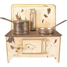 Antique German Dollhouse Tin Cookstove in Cream Enamel with Gilt Trim – Cookware Included Early 1900s Small 1 Scale