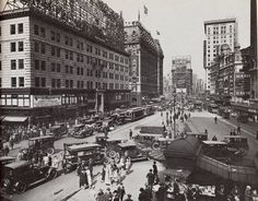 Times Square looking north from 43rd. Street. November 1922. Check up the Wrigley's Chewing Gum adveristing sign on the top of 4-story building at left of the Astor Hotel, in the site of future Paramount Building. Crazy 1920s.