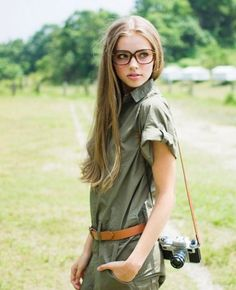 Girl Long very dark blonde/ very light brown adorable hair. I love the color!