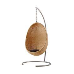 Este soporte de plata metálica de color ha sido creado especialmente para la silla Egg suspendida. Se completa con una cadena duradera de 43 cm de longitud de la con el ataque de la cadena incluida. No hay necesidad de renunciar a la belleza atemporal de una silla que cuelga simplemente porque no hay manera de colgarlo del techo : este soporte móvil está diseñado específicamente para superar este problema y para que pueda colocarse la silla colgante donde desee. La silla Egg suspendida se…