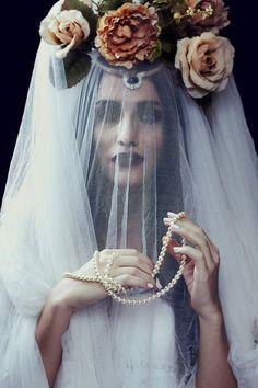 gypsy queen by nazliaslanger