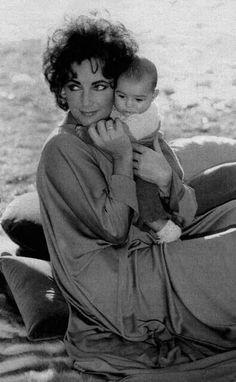 Elizabeth Taylor....Uploaded By www.1stand2ndtimearound.etsy.com
