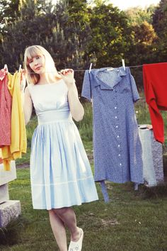 clothes pinned on the line Pretty Outfits, Cute Outfits, Dress For Success, Vintage Girls, Summer Wardrobe, Playing Dress Up, Dress Me Up, Style Me, Closet