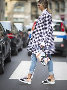 Fall 2016 sneaker outfit ideas | What to wear with sneakers | Fall shoe report | Presented by DSW
