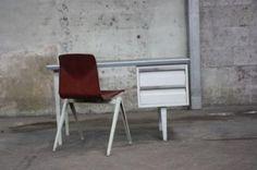 Van Blerk '50 bureau  - Bureaus en Bureaustoelen - Marktplaats.nl