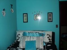 Aqua Blue Bedrooms Vintage French Bedroom Designs Decorating Ideas Hgtv Rate
