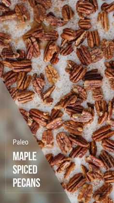 These toasted and glazed pecans are a great snack, but also make a wonderful gift during the holidays. Make a batch and put it in a pretty jar. The recipient will LOVE them! Glazed Pecans, Spiced Pecans, Candied Pecans, Toasted Pecans, Carmelized Pecans, Healthy Deserts, Healthy Snacks, Pecan Recipes, Snack Recipes