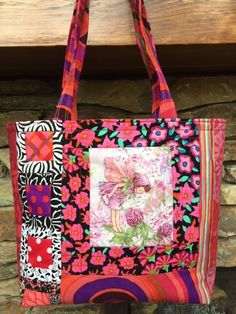 agilejack – agilejack Quilting Projects, Quilting Designs, Art Quilting, Sewing Projects, Fabric Bags, Fabric Scraps, How To Make Purses, Purse Tutorial, Black And White Fabric