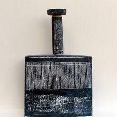 Sarah Jenkins – Ceramic Art London 2018 Ceramic Pottery, Pottery Art, Ceramic Art, Architecture Design, 25 March, Organic Modern, Contemporary Ceramics, Japanese Style, Art Studios