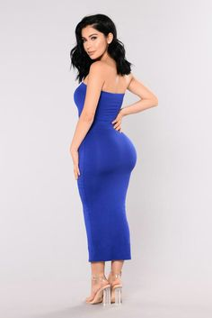 Available In Olive , Royal Blue Tube Dress Midi Length Elastic Top Doubled Fabric Self: Viscose Spandex Lining: Rayon Spandex Made in USA Curvy Women Fashion, Fashion Models, Girl Fashion, Royal Fashion, Classy Fashion, Fashion Design, Club Dresses, Sexy Dresses, Fashion Dresses