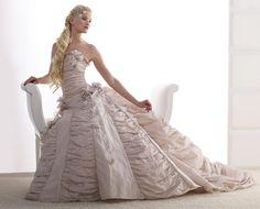 Vestidos de noiva. Fotos de vestidos de noiva