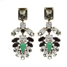 Pendientes negro, cristal y verde Mrs.Carland Black, crystal and green earrings Mrs.Carland www.mrscarland.com
