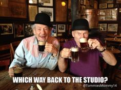 Pint time: Sir Ian McKellen and Sir Patrick Stewart - sworn X-Men enemies Magneto and Dr Xavier have been spotted sharing a beer in a bar in McSorleys Old Ale House, the oldest Irish bar in the Big Apple Patrick Stewart, Charles Xavier, Gandalf, Movie Memes, Funny Memes, Hilarious, Sir Ian Mckellen, Sherlock Cumberbatch, Days Of Future Past