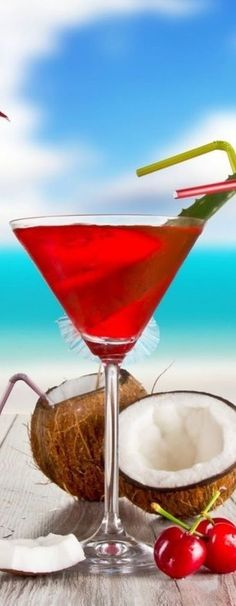 Summer Cocktail. ❣Julianne McPeters❣ no pin limits