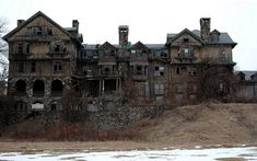 abandoned mansions | Creepy abandoned mansion - Imgur