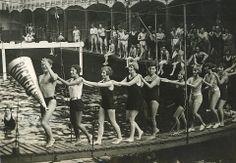 Un établissement de bains sur la Seine, en 1932.... Asnières sur Seine!