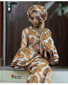 Beautiful shoot from 😘😘😘😘 Latest African Fashion Dresses, African Dresses For Women, African Print Fashion, African Attire, African Wear, African Style, African Outfits, Nigerian Dress Styles, Ankara Styles
