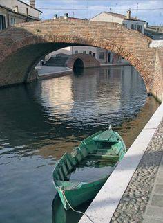 """Comacchio, """"Barca Verde"""" di Damiano Gonnelli  emilia"""