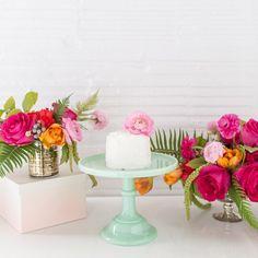 pretty wedding florals, ranunculus