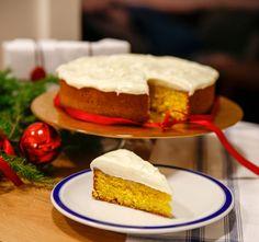 Denna kaka är riktigt lyxig att bjuda på nu till julfikat! Jag bjöd på den när Lidingö Tidning var och hälsade på och tänkte att jag måste dela med mi