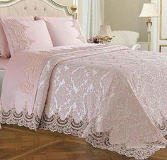 Fransız Dantelli Yatak Örtüsü Modelleri French lace bedspread models are one of the best suits for your bedroom with elegant looks. These covers are also lace tulle . Bedroom Sets, Bedding Sets, Bedroom Decor, Pink Bedding, Victorian Bedroom, Bedroom Vintage, Light Pink Bedrooms, Childrens Bedroom Furniture, Pink Room