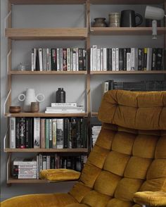 Home Library Ikea Shelving Units 34 Ideas Ikea Wall Shelves, Ikea Shelving Unit, Home Bar Sets, Bars For Home, Living Room Inspiration, Home Decor Inspiration, Svalnäs Ikea, Guest Bedroom Office, Ikea Living Room