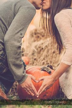 Fall theme engagement pictures