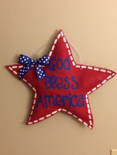 The Crafty Fox: Memorial Day and Fourth of July door hanger $25