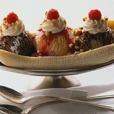 Crezi ca inghetata este buna cand este foarte cald afara?    Mai bine arunca un ochi peste lista alimentelor indicate pentru a fi consumate pe vremea caniculara >>> http://www.realitatea.net/ce-sa-mancam-pe-canicula-inghetata-nu-este-recomandata_993757.html