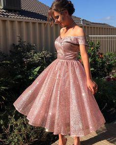 Pinterest: SueThoughts Strapless Homecoming Dresses, Mini Prom Dresses, Hoco Dresses, Knee Length Dresses, Sexy Dresses, Beautiful Dresses, Evening Dresses, Summer Dresses, Wedding Dresses