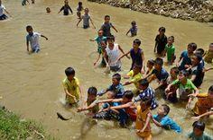 #Festival Naoyu en #Guizhou en #China #fotografia de Peng Nian (via @Xinhua9 twitter) #Asia #infancia #children