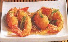 Gamberi al miele con sesamo - Ecco una specialità della cucina orientale I gamberi con il miele, semplice da preparare in casa. Consiglio di cucinare questa preparazione con il wok, che rende la cottura più veloce ed omogenea.