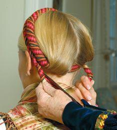 Magasin for Bunad og Folkedrakt Makeup Tips, Beauty Makeup, Hair Makeup, Churros, Historical Hairstyles, Finger Weaving, Norwegian Style, American Girl, Henna