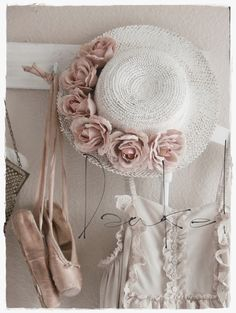 Lovely shabby decor