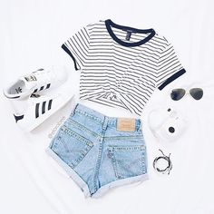 - Mode, Adidas und Outfit-Image - - Mode, Adidas und Outfit-Image , Source by sommermodeideen Summer Outfits For Teens, Teenage Girl Outfits, Teen Fashion Outfits, Teenager Outfits, Mode Outfits, Fashion Ideas, School Outfits, Fashion Fashion, Outfit Summer