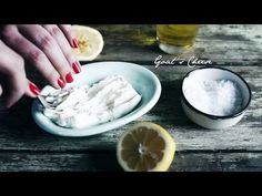 In Cook from the Heart, Alida Ryder has created recipes to suit your mood - food that will give you a lift when you are feeling down, add that extra bit of j. Create A Recipe, Goat Cheese, Bruschetta, Soul Food, Zucchini, Delish, Cooking Recipes, Fresh, Ethnic Recipes