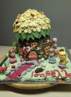 fairy tree house cake Fairy Tree Houses, House Cake, Rolls, Sweets, Desserts, Food, Tailgate Desserts, Deserts, Goodies