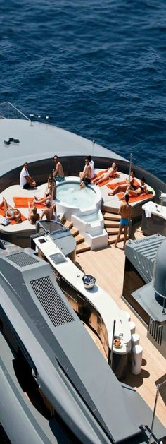 The Luxury Super yacht Life Yacht Design, Boat Design, Private Yacht, Private Jet, Yachting Club, Luxury Yacht Interior, Buy A Boat, Yacht Boat, Motor Yacht