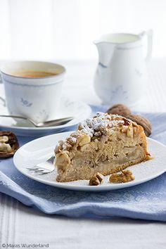 Rührkuchen mit Äpfeln & Walnüssen Easy Smoothie Recipes, Easy Smoothies, Cinnamon Cream Cheese Frosting, Cinnamon Cream Cheeses, Cake Recipes, Snack Recipes, Dessert Recipes, Pumpkin Spice Cupcakes, Sponge Cake
