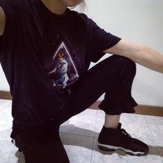 Total black geekgirl outfit. Pants from Zara, Star Wars Tee from Primark + Jordan Horizon #zara #outfit #primark #starwars #geek #jordan #nikejordan #jordanhorizon